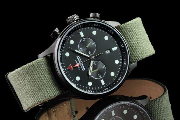 Đồng hồ phi công với vẻ phong trần và thanh lịch