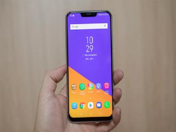 smartphone màn hình tai thỏ
