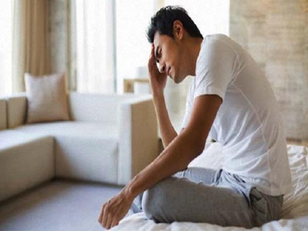 Tràn dịch màng tinh hoàn là hiện tượng xảy ra ở nam giới