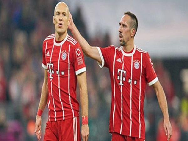 Bayern hốt hoảng khi nhìn về tương lai