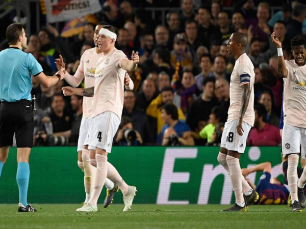 MU nhận thất bại nặng nề nhất tại vòng knock-out cúp châu Âu