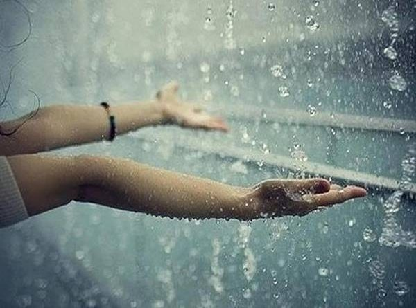 Mơ thấy mưa đánh con gì trúng lớn?