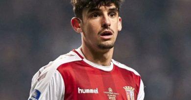 Chuyển nhượng sáng 6/8: Barca vừa mua sao trẻ Bồ Đào Nha đã lãi to