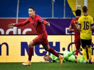 Vua bóng đá Pele khen ngợi Ronaldo