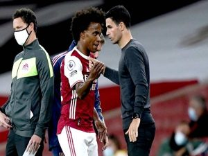 Willian đang gây thất vọng ở Arsenal.