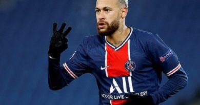 Bóng đá quốc tế 10/12: Neymar được khen vì nhường penalty cho Mbappe