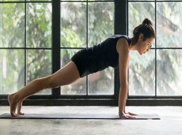 3 cách tập cơ ngực tại nhà hiệu quả ít tốn kém nhất