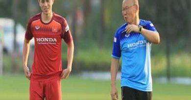Bóng đá VN 14/7: HLV Park mong V-League trở lại vào giữa tháng 8